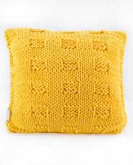 poduszka ze sznurka hand made druty