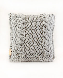 poduszka na drutach sznurek hand made
