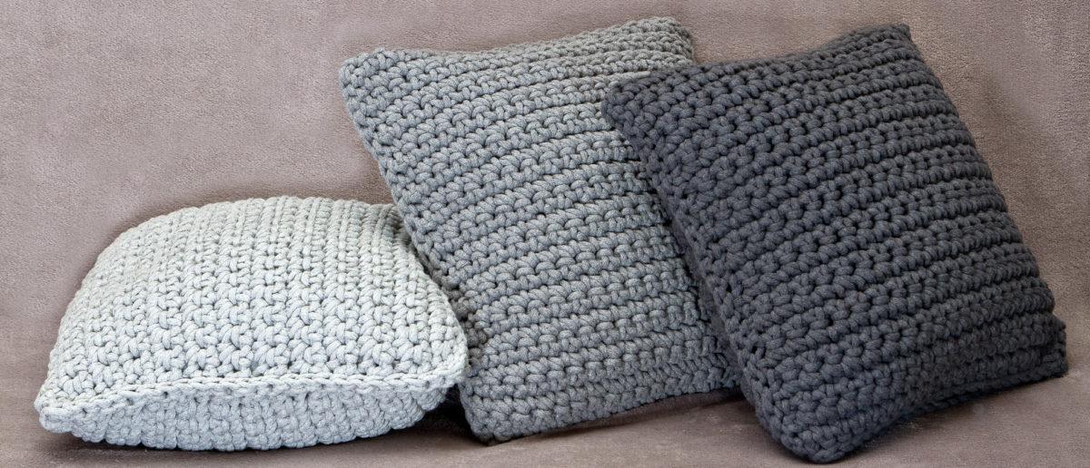 poduszki na szydełku ręcznie robione