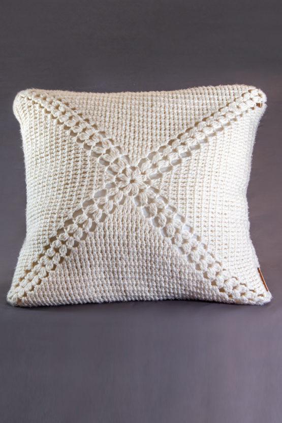 poduszka dekoracyjna kremowa biel pracownia sznurka